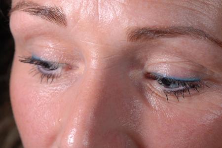 Eyeliner boven, onder & een gekleurd boven lijntje